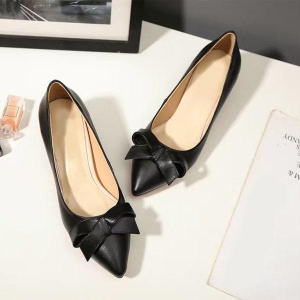 black-leather-heel