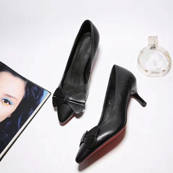 bow-embellished-low-pump-heel-sides