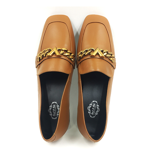 Brown V-Chain Detailed Leather Loafers