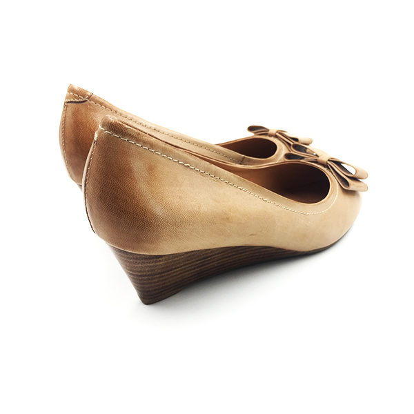 brown-leather-ribbon-wedge-2