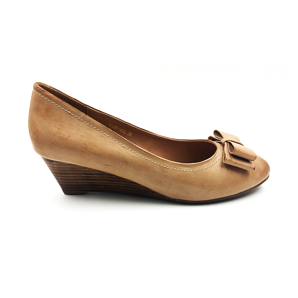 Brown Bow Wedge Pump